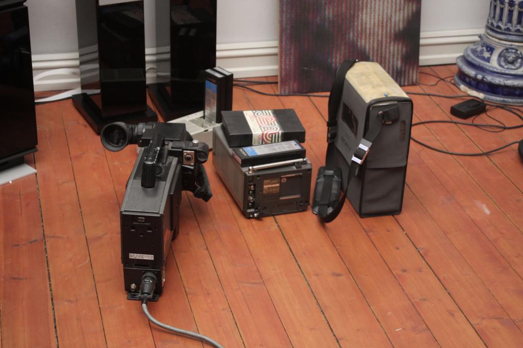 Det videotekniske utstyret som Marianne Heske benyttet. Foto: Anne Marthe Dyvi