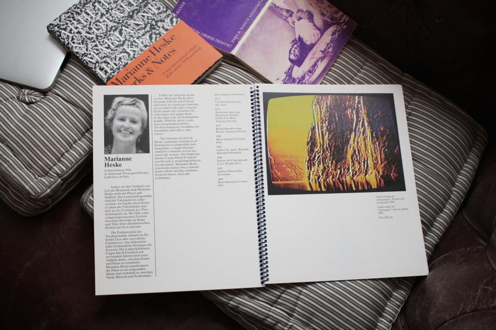 Bøker og kataloger fra Marianne Heskes hånd. Foto: Anne Marthe Dyvi