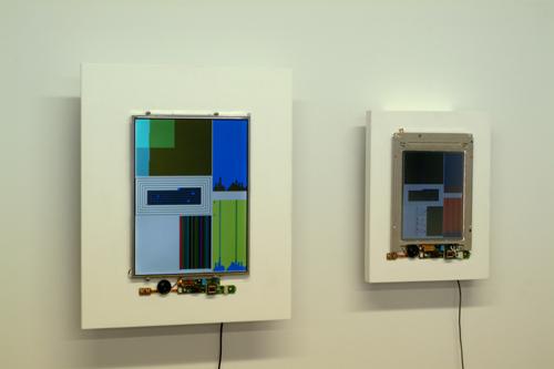 Original og emulert versjon av John F. Simon, Jrs. Color Panel, opprinnelig fra 1999. Courtesy: kunstneren og Sandra Gering Gallery.